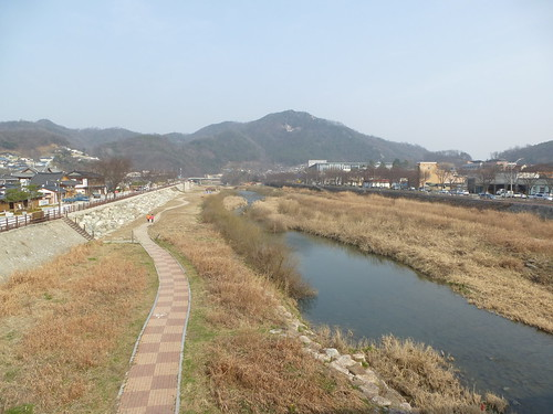 Co-Jeonju-Hanok-Pont Namcheon (1)