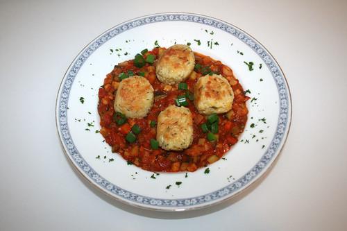 51 - Rice balls on ratatouille - Served / Reisbällchen auf Ratatouillegemüse - Serviert