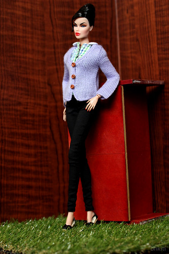 hand knitted cardigan, renew button