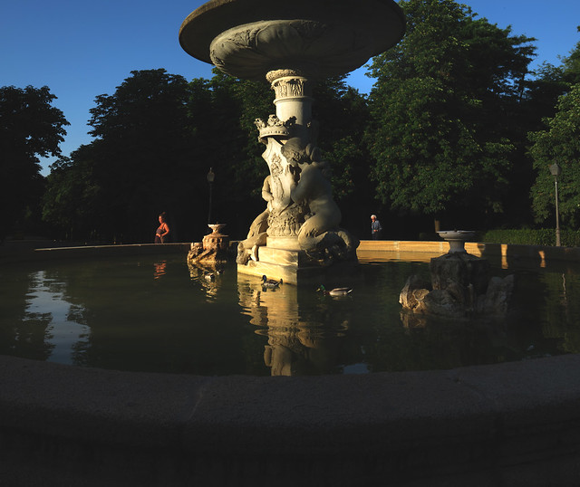 Fountain at Parque Retiro, Madrid (2016)