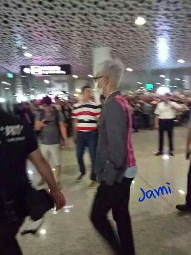 BIGBANG arrival Shenzhen Airport 2015-08-07 (1)