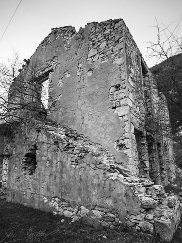 Thorame Ruins 1/11 (F50)