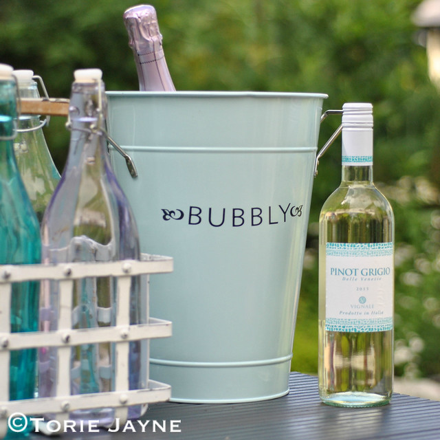 Enamel 'Bubbly' bucket