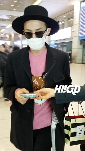 G-Dragon - Incheon Airport - 28jan2015 - Hi GD - 01