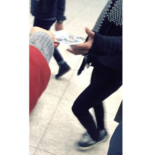 G-Dragon - Incheon Airport - 10jan2015 - a081813 - 02