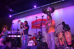 002 Stooges Brass Band