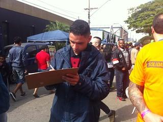 Solidariedade colhe assinaturas para impeachment da Dilma no 1º de maio