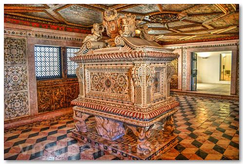santa portugal de tomb princesa túmulo aveiro joana