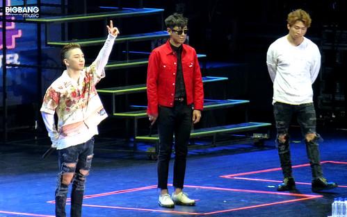BIGBANGmusic-BIGBANG-FM-Hong-Kong-Day-2-2016-07-23-02