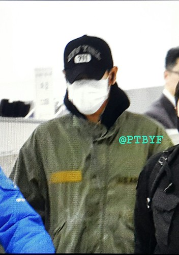 Big Bang - Gimpo Airport - 31dec2015 - ptbyf871104 - 01