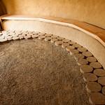Hlinená podlaha v Hobiťom dome