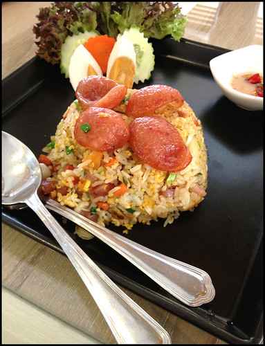 There is a eating spot inward the same location BangkokMap: Zaab Kafe inward <a href=