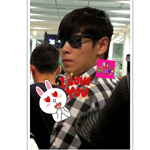 TOP-HongKongAirport-26sep2014-Fan-gdtop_hk-01