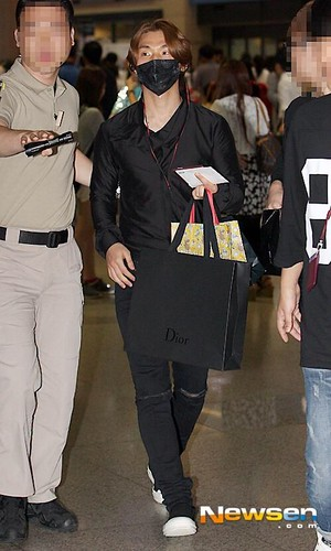 Daesung-Seoul-Incheon-Arrival-20140915(4)