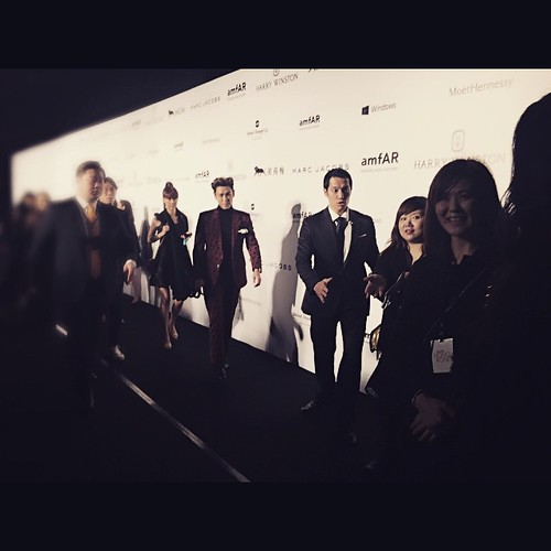 TOP - amfAR Charity Event - Red Carpet - 14mar2015 - emmyk1101 - 01