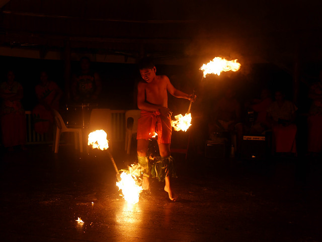 Fiafia Night: Fire Dance