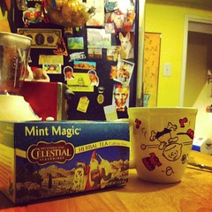 Magic :sparkles: #magic #tea #snoopy #lincoln #magnets #kitchen #mint #picoftheday