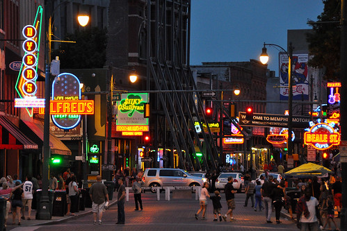 city people music food usa musicians architecture fun neon outdoor memphis tennessee blues neonlights nightshots bealestreet bluesmusic streetviews memphistn bluestrail2014