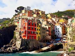 *Explore* Riomaggiore- Cinque Terre