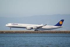 Lufthansa Airbus A-340 -600 D-AIHU tire smoke SFO DSC_1559