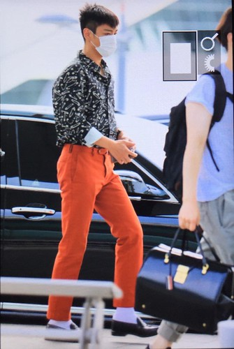 Big Bang - Incheon Airport - 19jun2015 - Utopia - 01