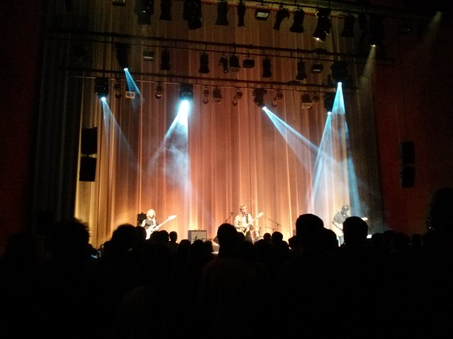 Luna performing 23 Minutes in Brussels at Casa da Musica in Porto