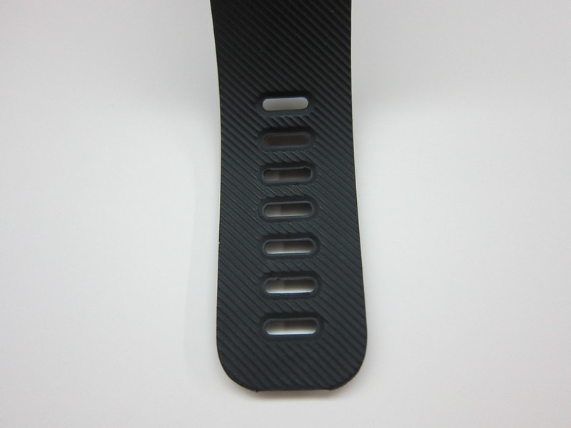 Fitbit Charge - Buckle Hole