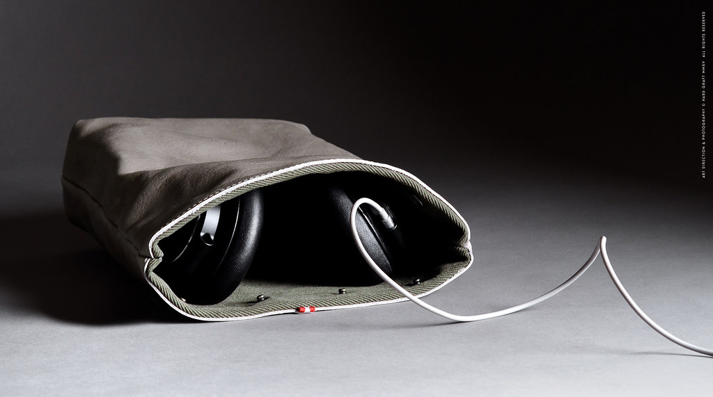 Bass-Headphone-Case-08