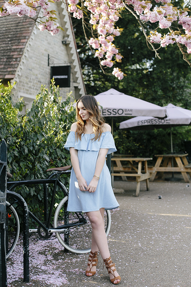What Olivia Did Denim Dress Seventies Style