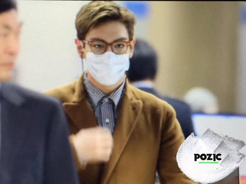 TOP Arrival Seoul 2015-11-06 pozic (3)