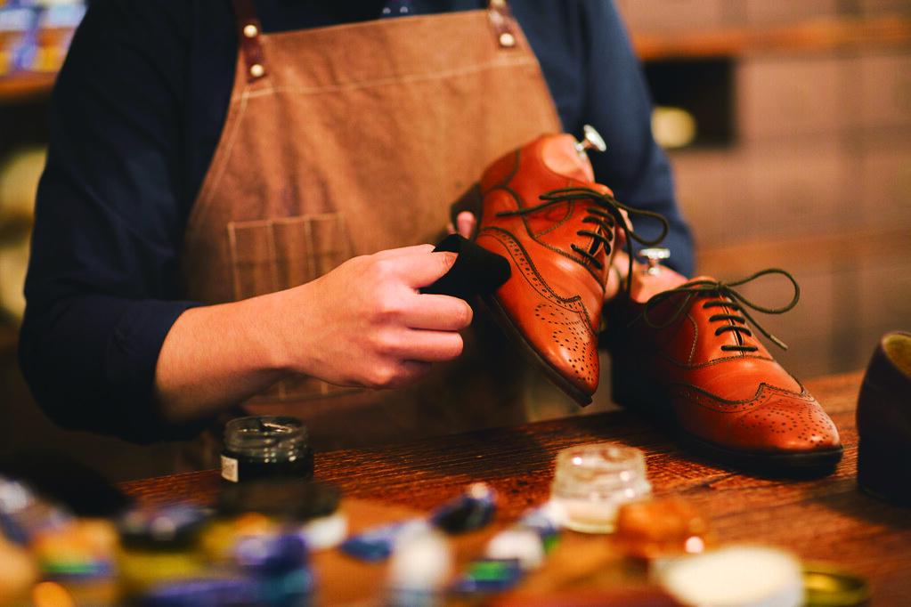4.紳士們來擦鞋-1