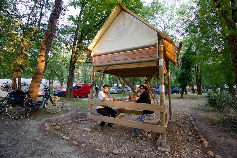 provence village chateauneuf du pape campsite art de vivre tent stilts