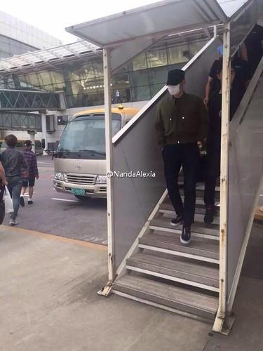Big Bang - Wuhan Airport - 27jun2015 - NandaAlexia - 01