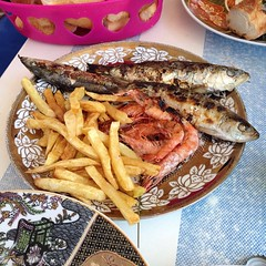 Fresh from the ocean. The real Fish & Chips only it requires a lot of effort to eat. Seriously difficult to remove the small bones from the sardines. #Essaouira #Mogador #Mogador #food #travel #diaries