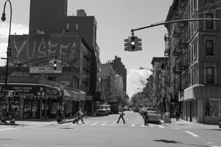 14th St at Avenue B