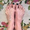 #withoutshoes #toms #helpgivetothoseinneed #oneforone #toeanklet #tleahdesigns