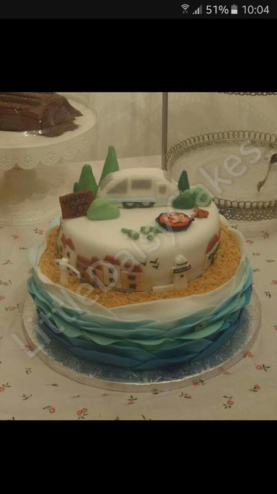 Cake by LittleDaisyCakes
