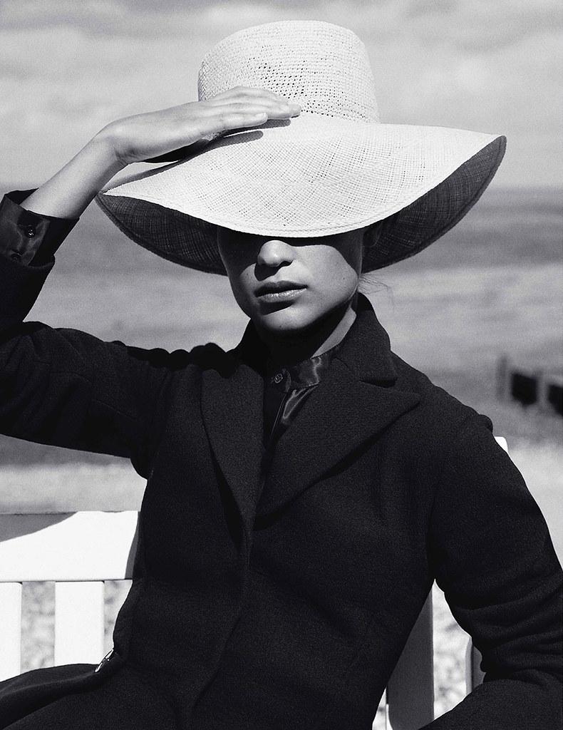 Алисия Викандер — Фотосессия для «Vogue» UK 2016 – 4