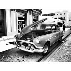 Life in Cuba  #cienfuegos #cuba #travel #lp #wed #monochromephotography  #bnw #couple #bnw_captures #broken #jalanjalan #bnw_magazine #antik #bw_divine #cubacar #streetlife #oldtimes #yanktank #classic_car #classic_cars #traveling #mobil #jalanjalanmen #h