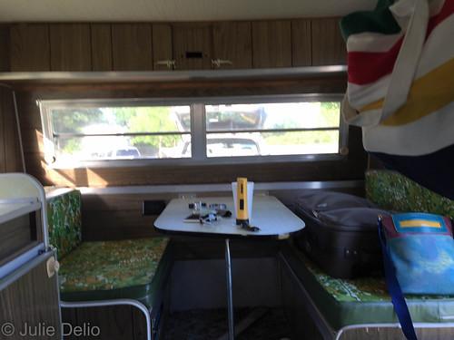 texas unitedstates texarkana vintagecamper joescaddieshack 1974lark