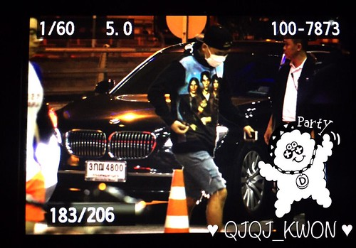 Big Bang - Thailand Airport - 13jul2015 - QjQj_Kwon - 01