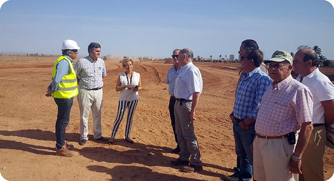 Construyen dos balsas para evitar inundaciones en el Mar Menor