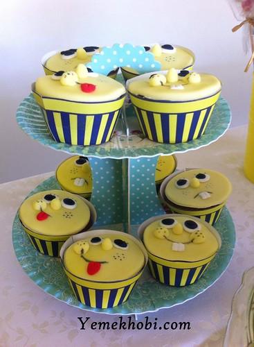 süngerbob süslemeli cupcake