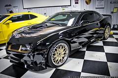 automobile(1.0), automotive exterior(1.0), wheel(1.0), vehicle(1.0), performance car(1.0), automotive design(1.0), auto show(1.0), bumper(1.0), land vehicle(1.0), luxury vehicle(1.0), chevrolet camaro(1.0), muscle car(1.0), coupã©(1.0), supercar(1.0), sports car(1.0),