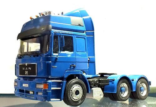 26 Italeri MAN F2000 6x4