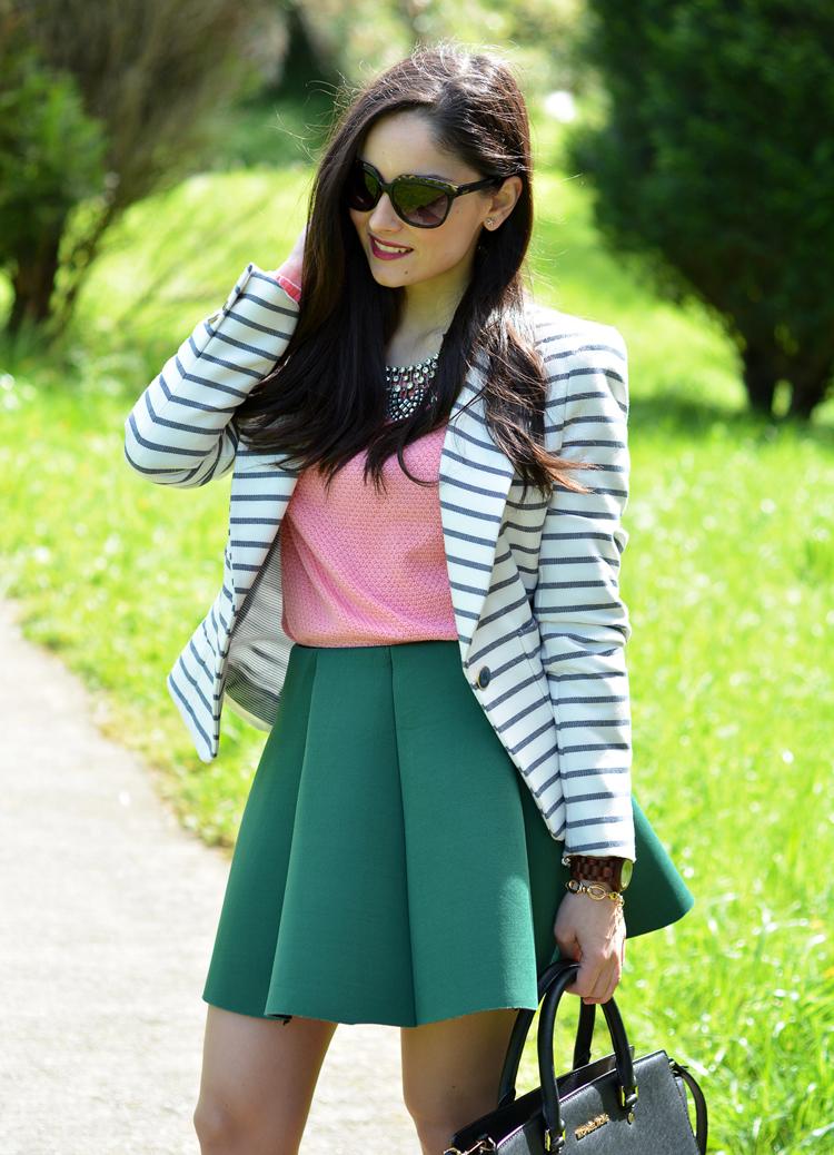 zara_ootd_outfit_falda_neopreno_como_combinar_rayas_coral_03