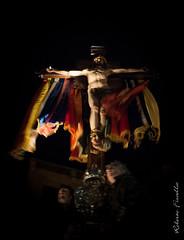 Ai piedi della croce 3