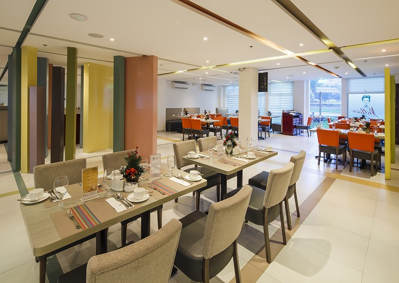Microtel by Wyndham UP Technohub Millie's All-day dining