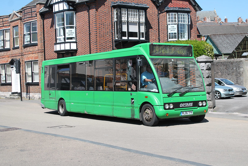 Countrybus PL06TFV
