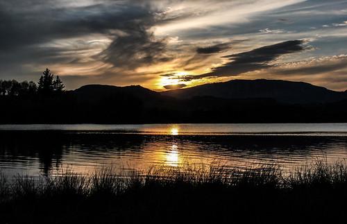 sky lake nature water colors beautiful beauty clouds contrast canon lago atardecer spain perfect magic basque euskalherria euskadi urkulu aretxabaleta euskoflickr